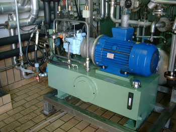 Hydraulic system in a chemical plant